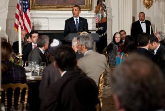 Barack Obama durante un momento de su discurso ante una representación islámica- AP