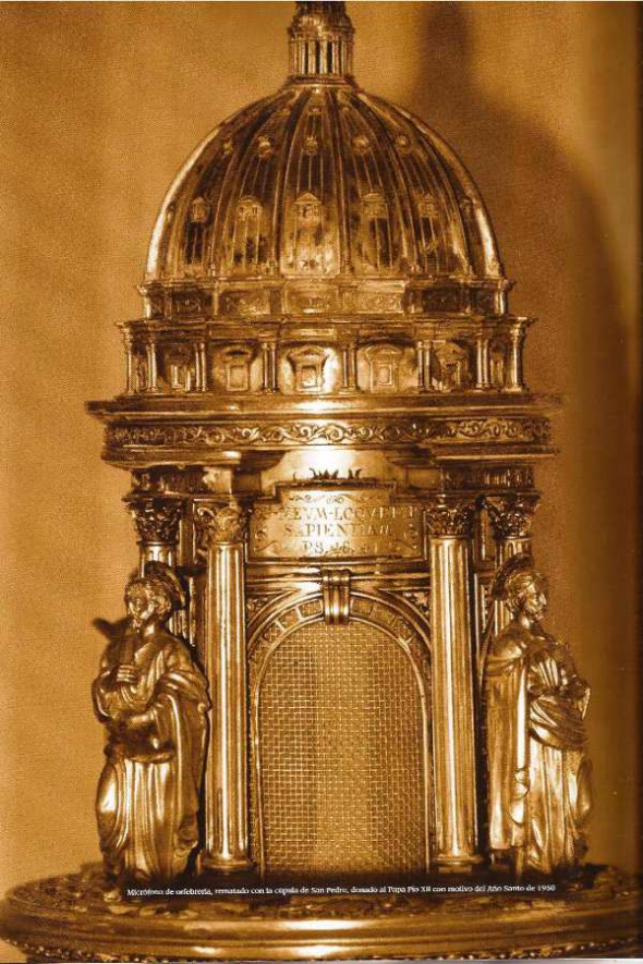 Micro regalo Franco a Pio XII