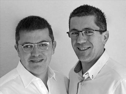 Mario y Fernando Tascón escritores