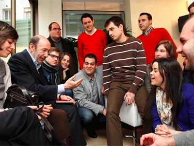 Rubalcaba PSOE y miembros de JSE