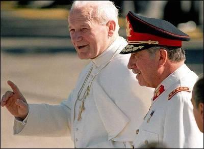 Pinochet y Juan Pablo II 1987