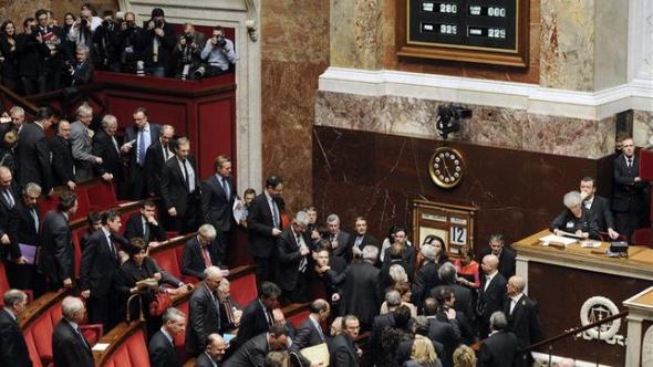 Parlamento aprueba matrimonio gay Francia 2013