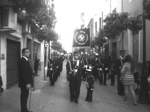 Alcantarilla procesión estandarte OJE-Falange