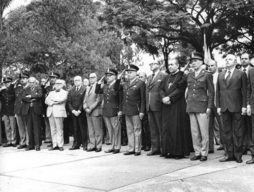 Arzobispo Tucuman y militares dictadura Argentina
