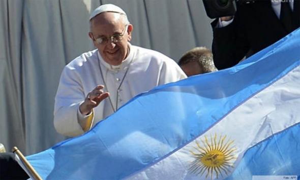 Bergoglio bandera Argentina