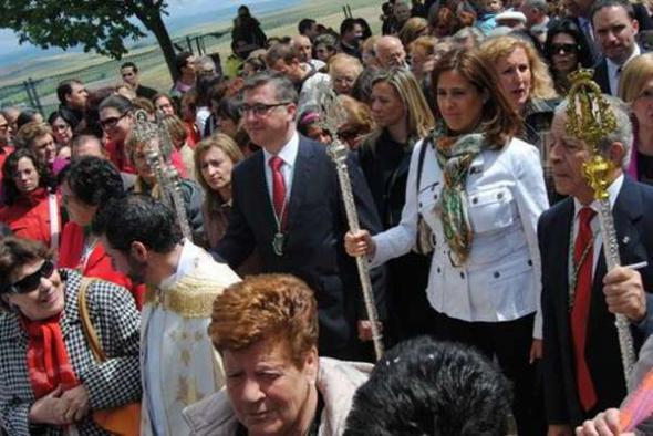 Consejero y alcaldessa romeria misa C Real 2013