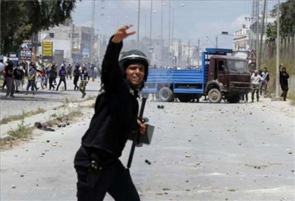 Enfrentamientos islamistas Túnez 2013