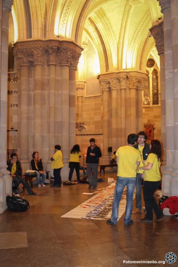 Protesta LOMCE en Sagrada Familia Barcelona 2013