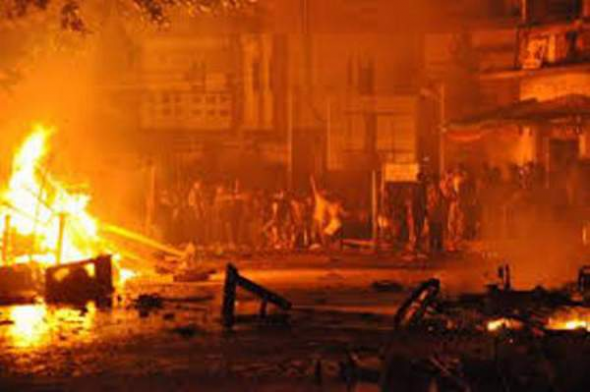 Budistas queman mezquita Birmania 2013