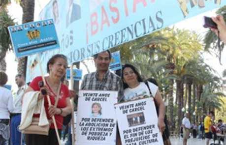 Mani apoyo Bahai Alicante 2013