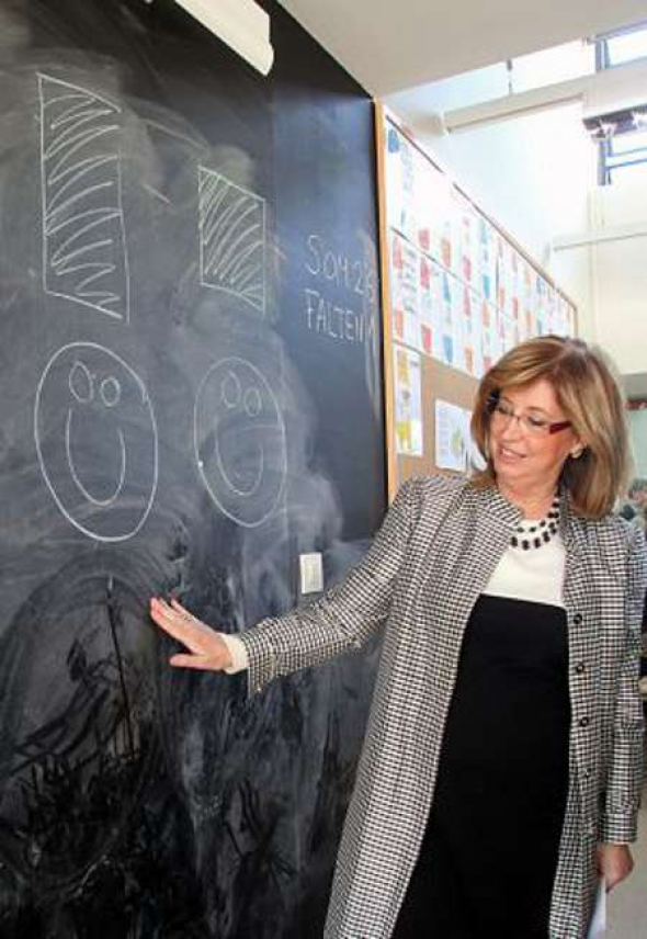 Irene Rigau consejera Enseñanza Cataluña 2013