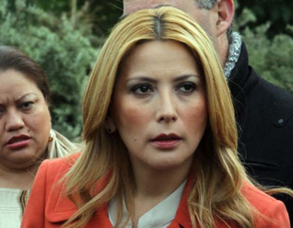 Alcaldesa Monterrey entrega ciudad a Jesuscristo
