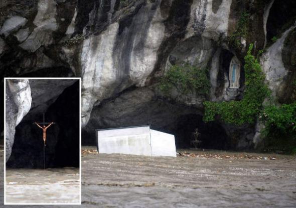 Lourdes inundada