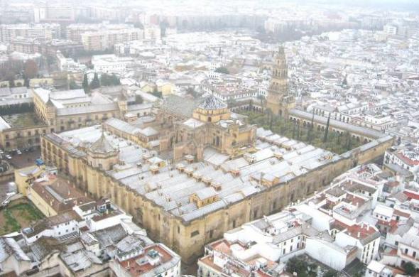 Mezquita Córdoba nevada