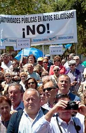 pancartas-laicistas Gijón 2013