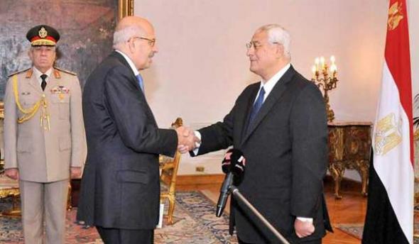 Adli Mansur y El Baradei autoridades interirnas Egipto 2013
