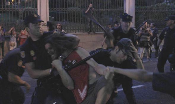 cargas policiales protesta feminista 2013