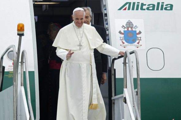 Bergoglio llega a Brasil 2013