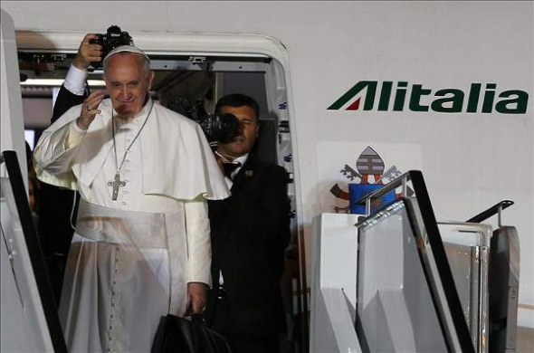 Bergoglio visita Brasil despedida 2013