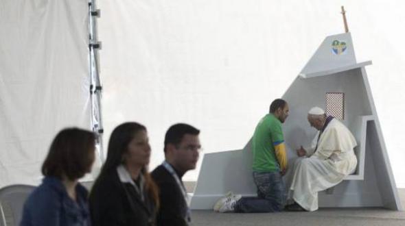 Bergoglio confiesa Brasil 2013