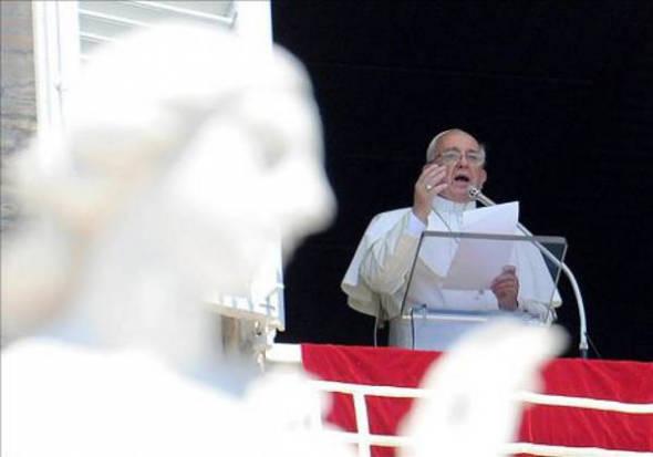 Bergoglio discurso ventana