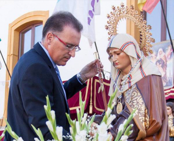 Santa Ana alcaldesa perpetua de El Viso