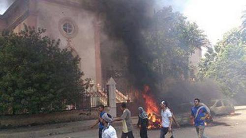 iglesia arde Egipto 2013