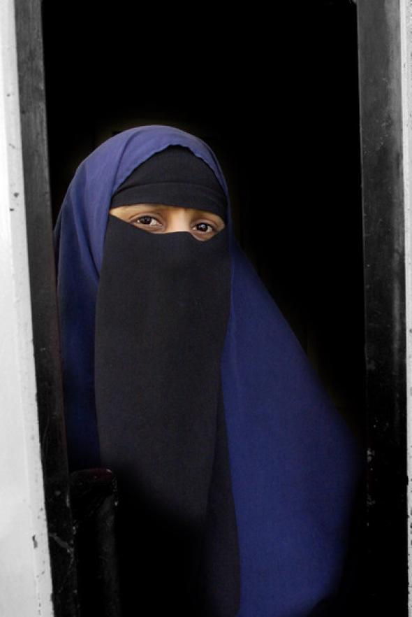 Kenza Drider con niqab