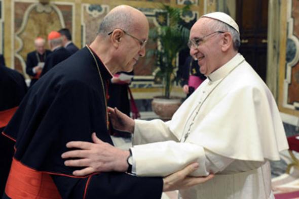 Bergoglio y Bertone 2013