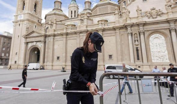atentado basílica del Pilar Zaragoza 2013