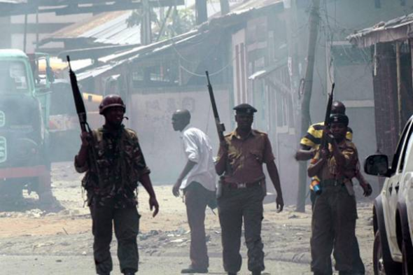 soldados Kenia