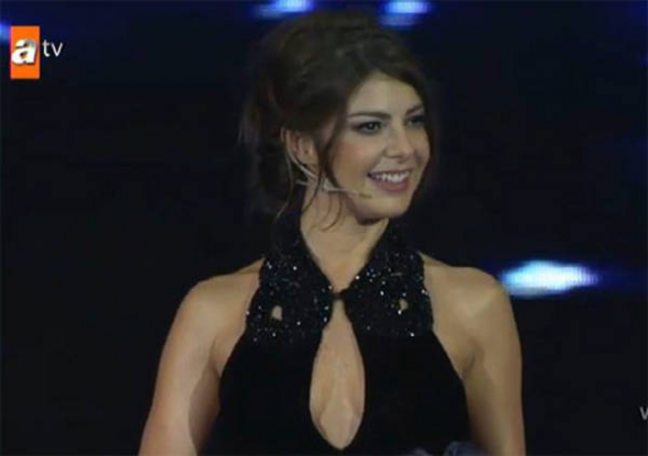 presentadora turca despedida
