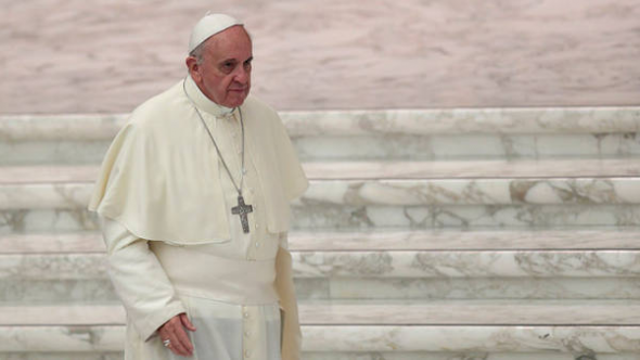 Bergoglio escalinata