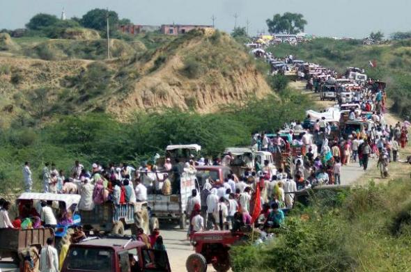 muertos estampida fiesta religiosa India 2013