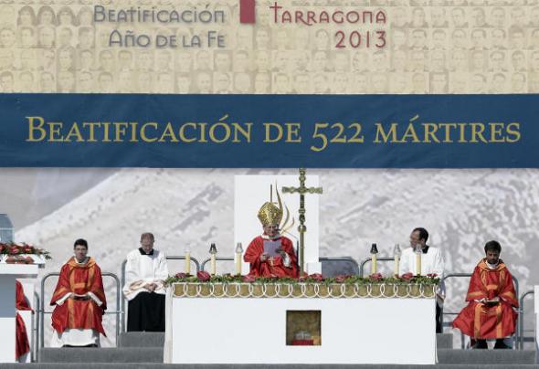 cardenal Angelo Amato
