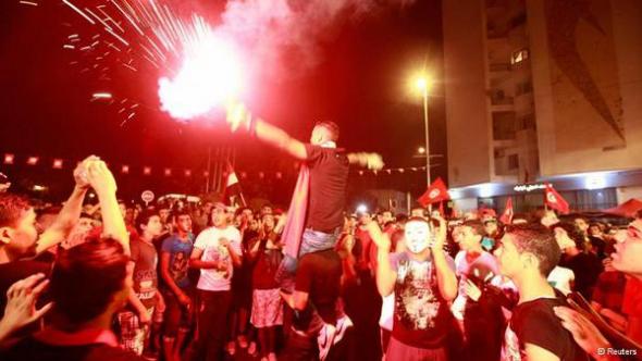 mani Túnez 2013