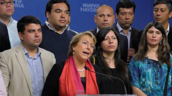 Bachelet con evangélicos Chile 2013