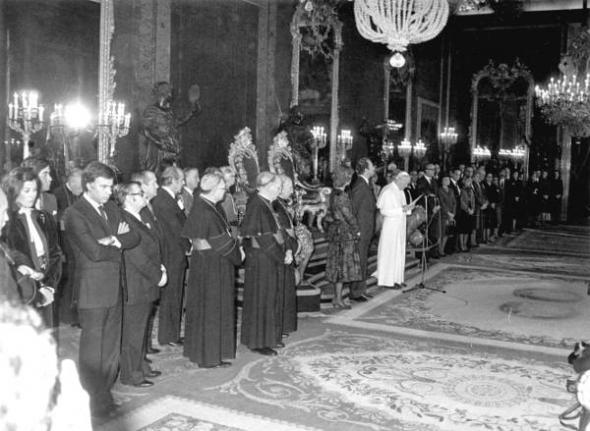 Felipe González papa Juan Pablo II 1982 Madrid