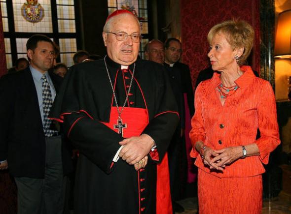 Vicepresidenta Vega PSOE cardenal Sodano 2006