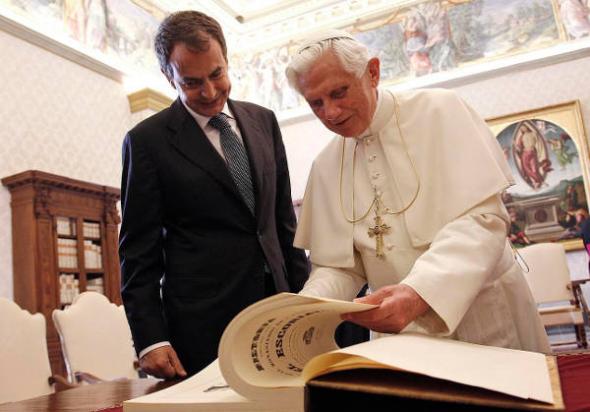 Zapatero PSOE Benedicto XVI 2010
