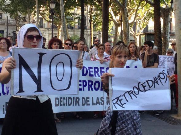 mani aborto Sevilla