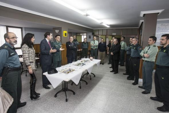 obispo con Guardia Civil Palencia 2013