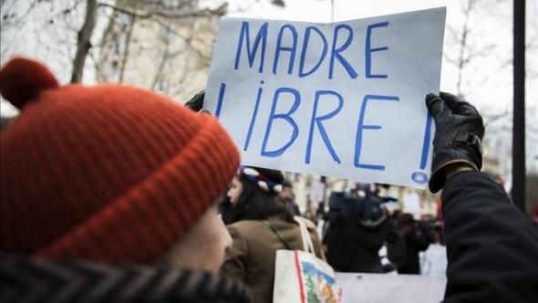 protesta reforma aborto PP en París 2013