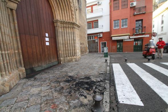 incendio iglesia Santa Marina Sevilla 2013
