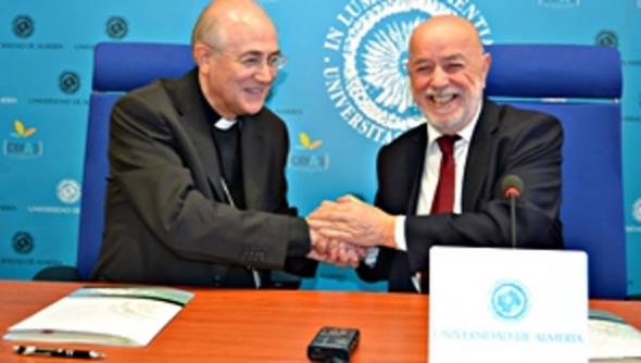 Rector y obispo Almeria convenio Cátedra Teología 2014