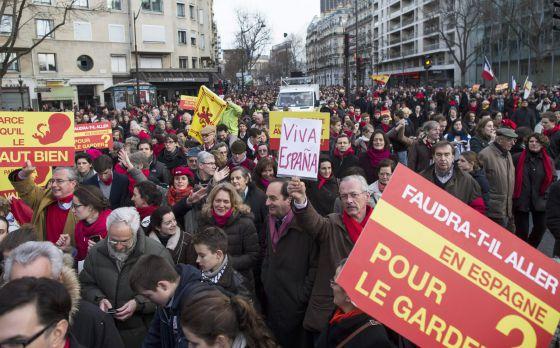 mani antiaborto París 2014