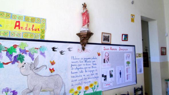 CEIP-Primo-Rivera-simbologia-religiosa Morón