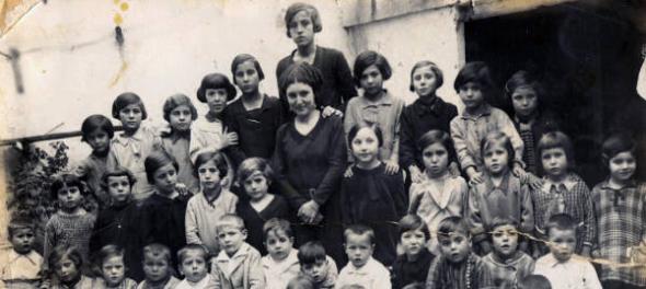 Maestras con alumnos República
