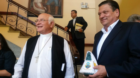 Obispo y candidato Costa Rica 2014