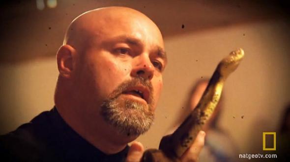 Jamie Coots paastor con serpientes